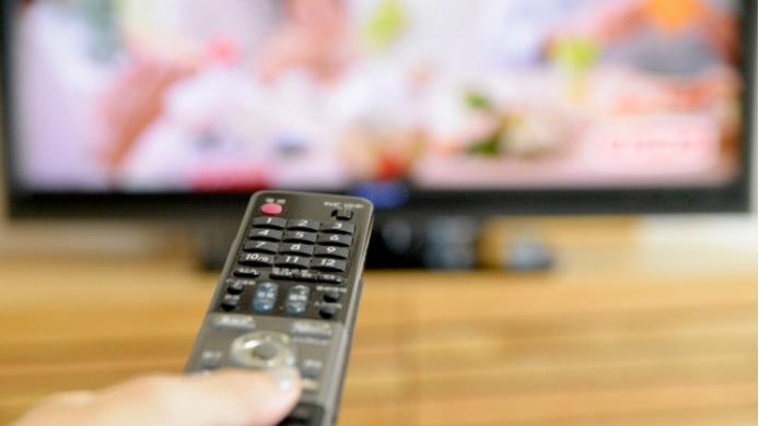 Jリーグをテレビ放送で視聴する方法